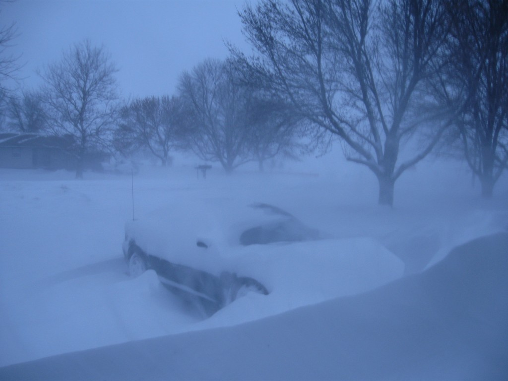 Midwest weather, snow drift