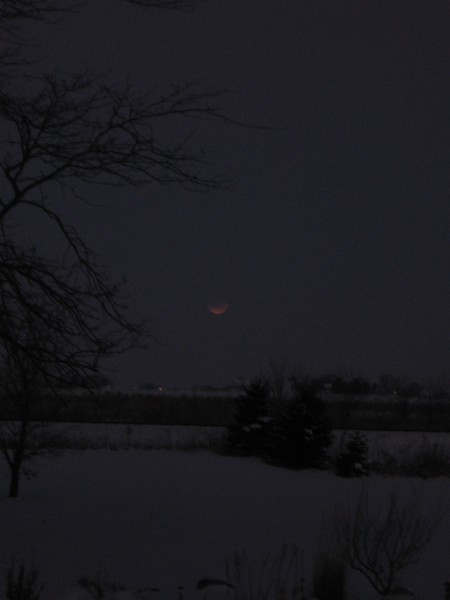 Lunar Eclipse 3 - 12-10-2011