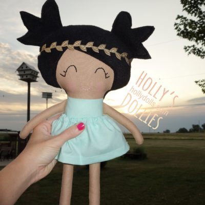HOLLY'S DOLLIES CLOTH DOLL GIRL MINT DRESS SUNSET SQ